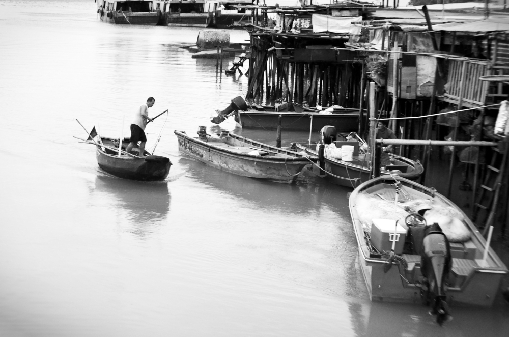 Tai O Boat Rower